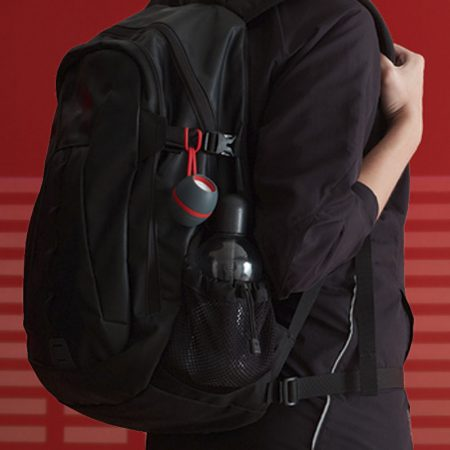 altavoz-bluetooth-loop-rojo-mochila
