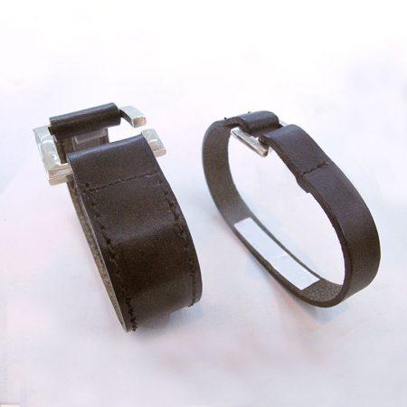 pulseras de cuero con hebilla ancha y estrecha
