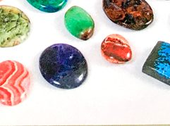 Nuevas piedras semipreciosas en joyería