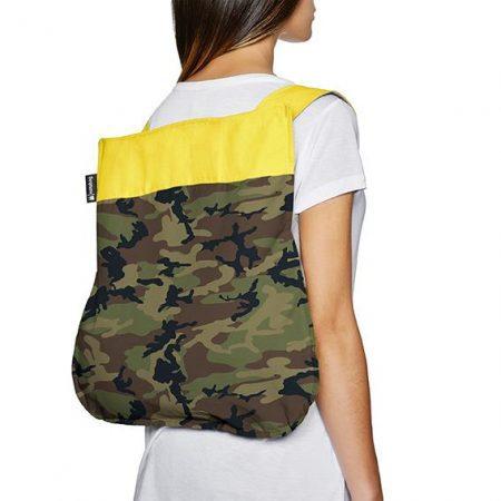 bolsa-mochila-plegable-camuflaje-amarillo-mochila