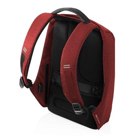 mochila compacta antirobo Bobby Roja detalle correas y bolsillos