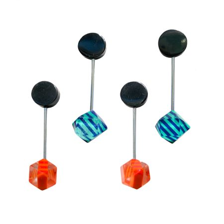 Pendientes ochenteros en metacrilato naranjas o azules
