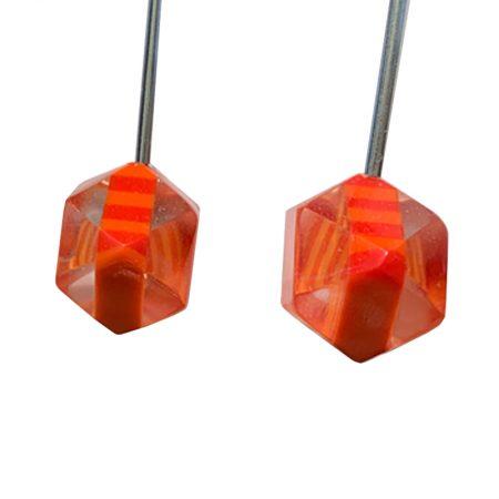 Pendientes Vanguardistas de poliedros con Rayas Naranjas detalle