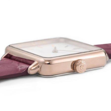 """Reloj CLUSE La Tétragone """"Oro rosa y cocodrilo Frambuesa"""" detalle de la caja"""