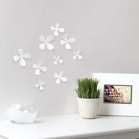 Flores blancas Umbra Wall decor