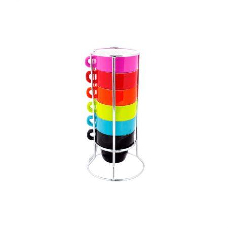 Tazas de colores pequeñas con torre