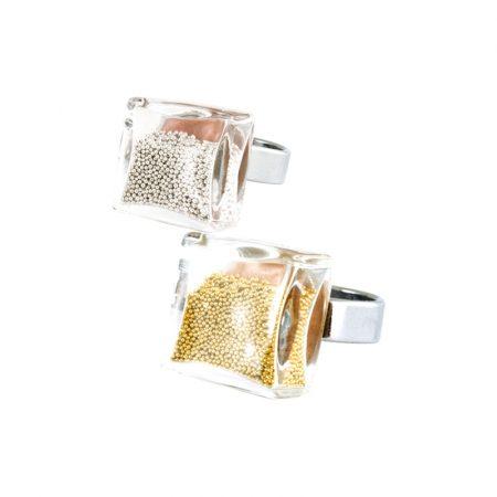 anillo Cuadrado mini bolas bolitas doradas plateadas Pylones