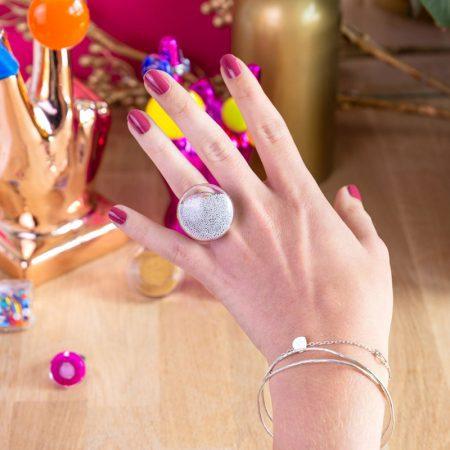 anillo Galet medium bolas bolitas plateadas uso Pylones