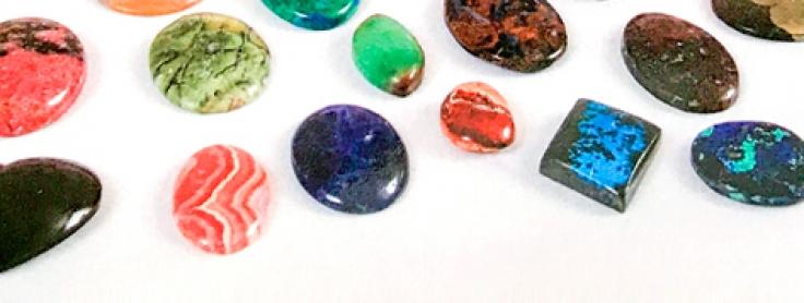 57943c001e46 Las nuevas piedras semipreciosas en joyería